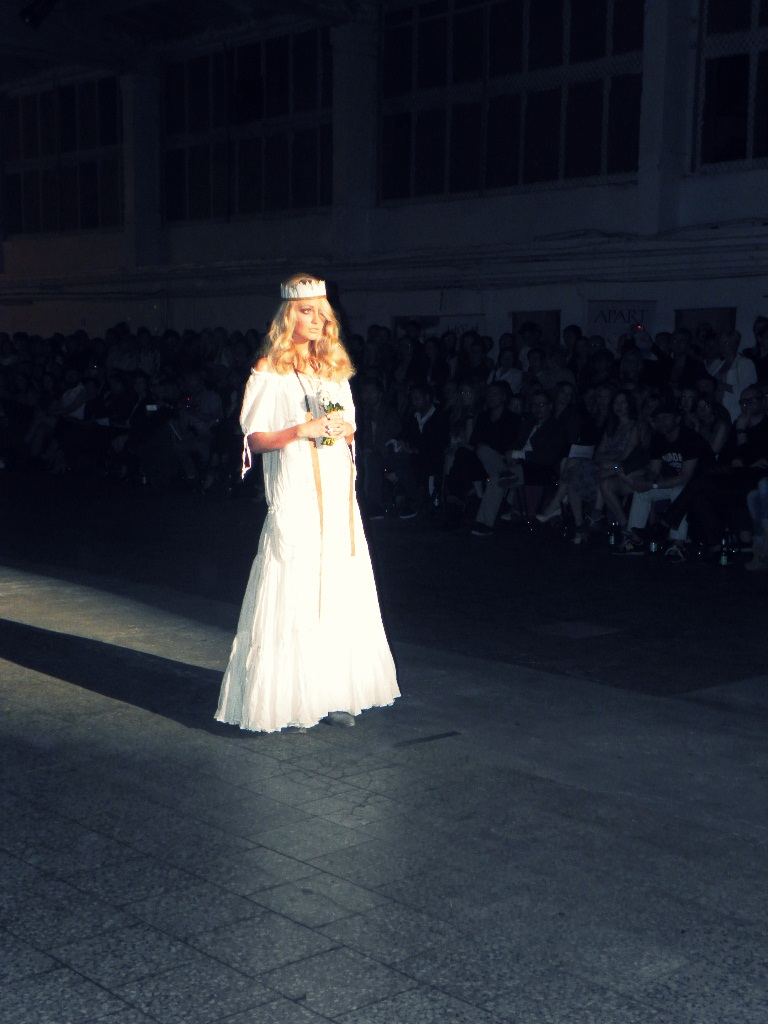 suknia ślubna Roberta Kupisza