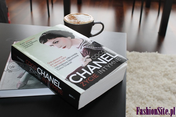 książka o Coco Chanel
