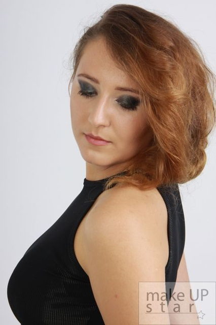 Petitka make up (2)