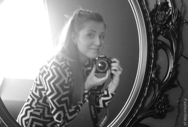foto-w lustrze