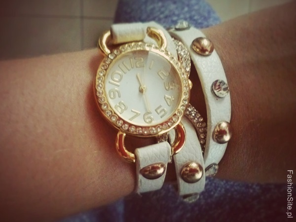 zegarek-dlugi-pasek