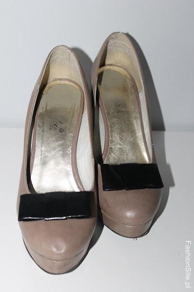 przypinki-do-butów