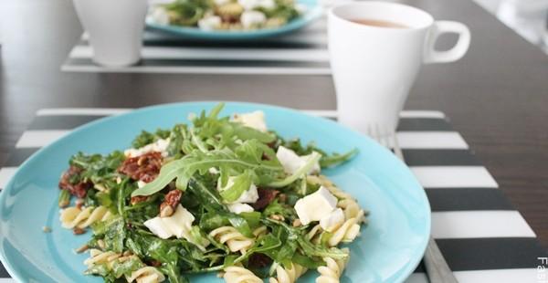 salatka-z-serem-plesniowym