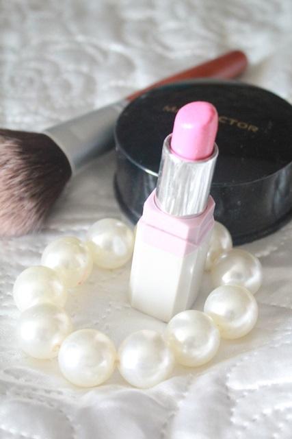rozowa szminka
