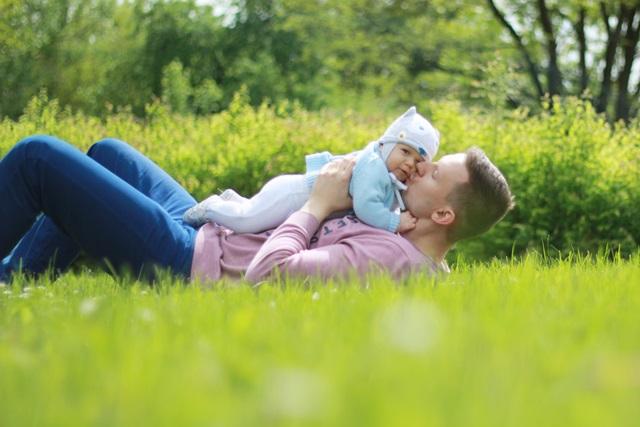 sesja rodzinna niemowleca