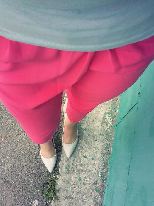 rozowe spodnie eleganckie
