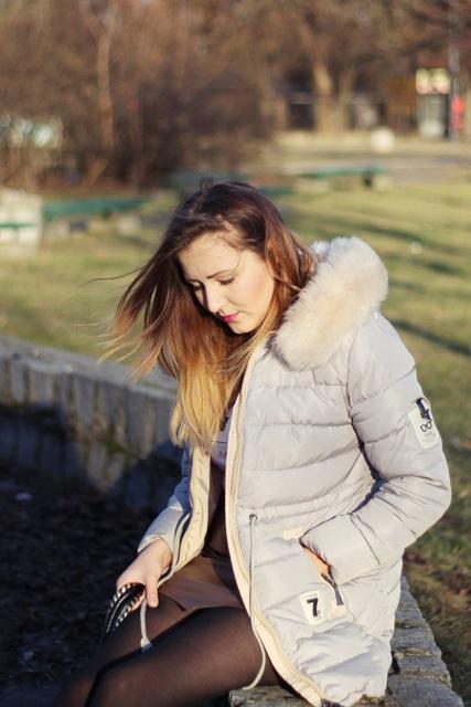 pikowana kurtka szara siwa