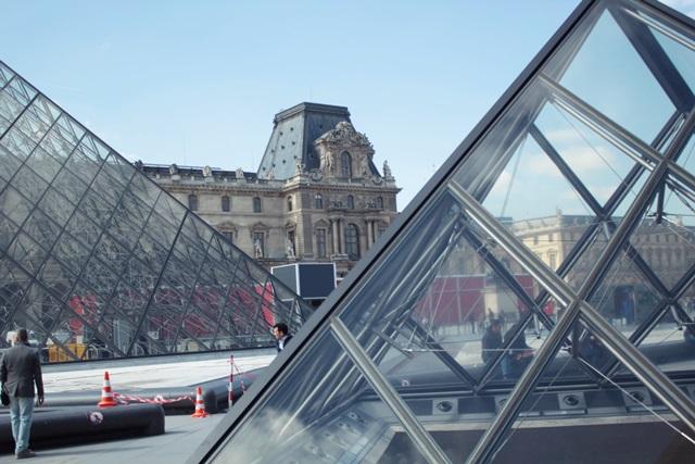 luwr-piramida