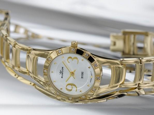mosiadz-czy-stal-najpopularniejsze-materialy-w-produkcji-zegarkow