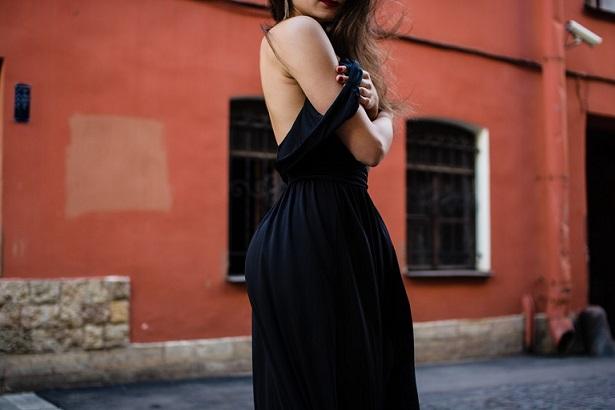 bb93d6d8e4 Zakupy przez Internet  jak wybrać właściwy rozmiar sukienki  Internet to  idealne miejsce