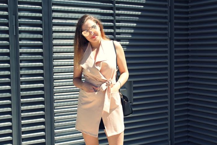 rozowa sukienka blog o modzie
