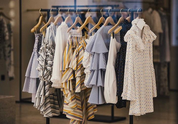 2be2f4d8 Modne sukienki na wiosnę 2018 | Fashion Site - Blog o Modzie